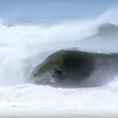 Ben Bourgeois surfe vers chez lui en Floride